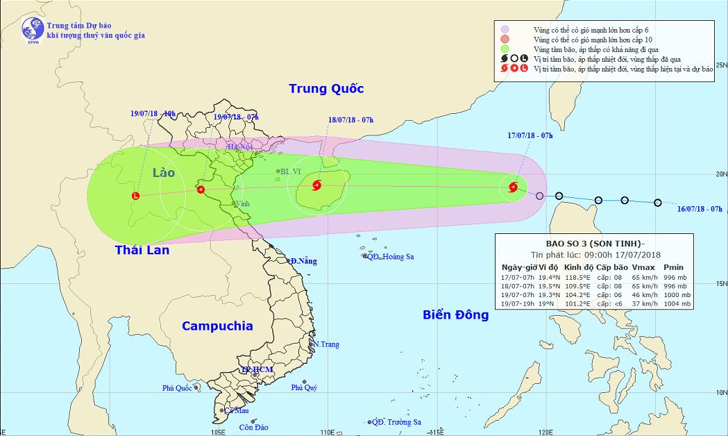 Tropical storm enters East Vietnam Sea, bringing heavy downpours