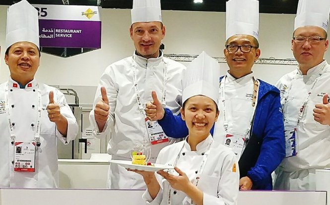 Young Vietnamese woman shines in cooking at home and abroad