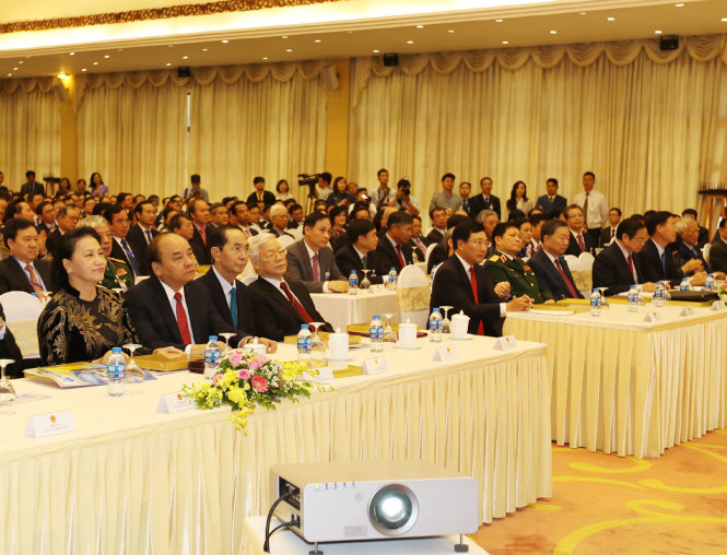 ​Diplomatic sector must further boost Vietnam's position in global arena: Party chief