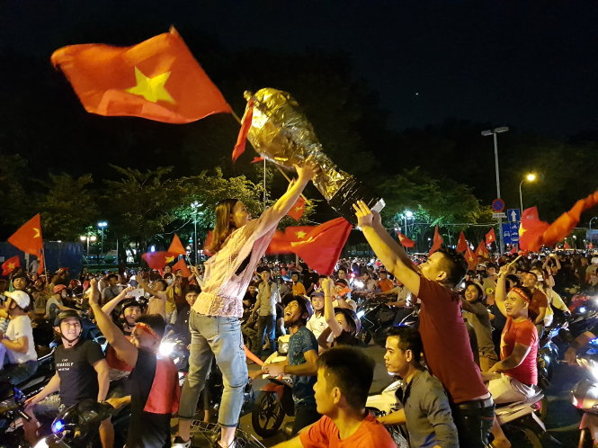 ​Vietnamese supporters all set for historic semifinal in Asiad football