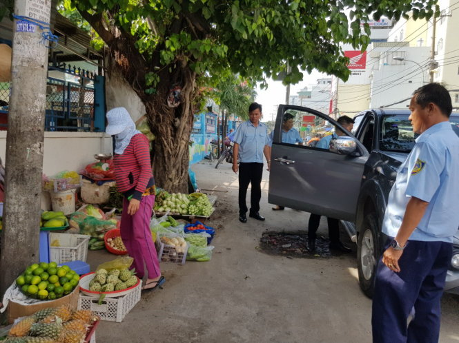 Apps allowing residents to report urban issues prove effective in Saigon districts