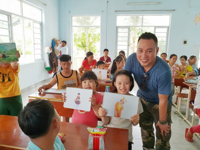 Project cherishes dreams of Vietnamese children with birth defects through photos