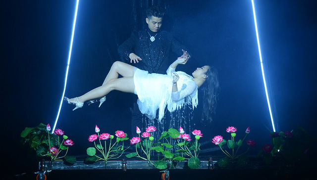 Vietnamese magic shows bore audience with repetition