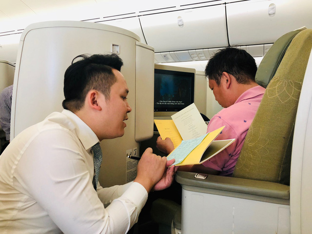 Vietnam Airlines to swap business-class seats for economy in fleet revamp