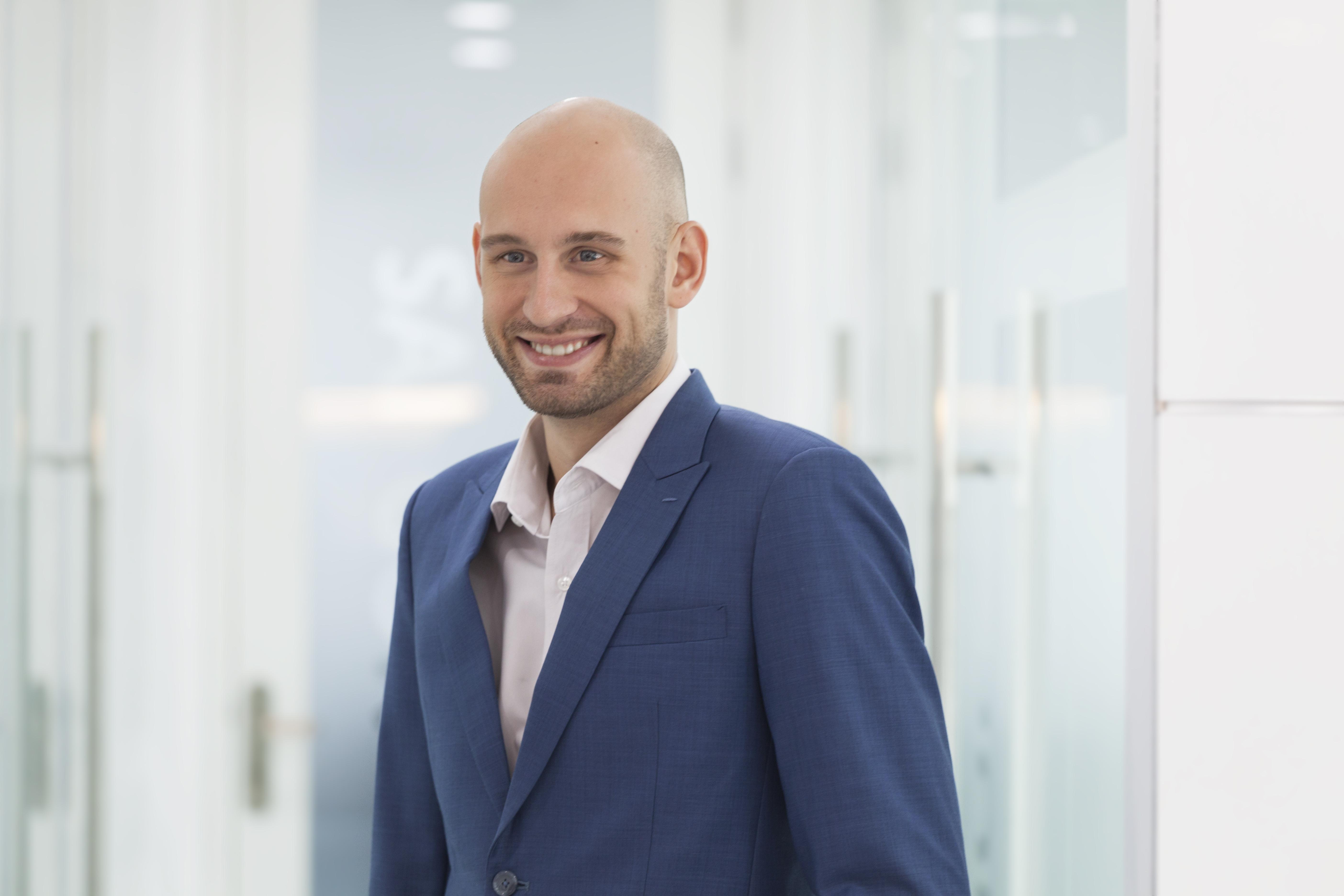 Andrew Humphreys, Associate Director of Supply Chain & Engineering, Sales & Marketing Industrial of Robert Walters