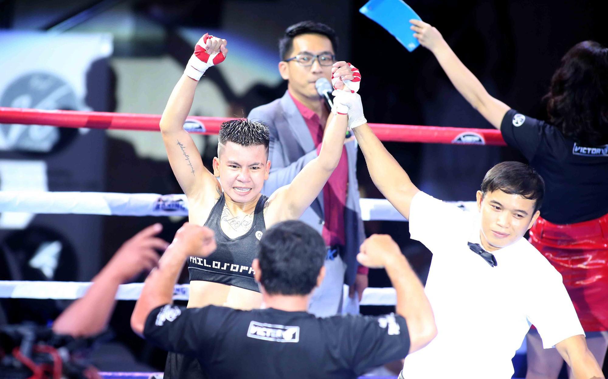 Vietnamese boxer defeats Philippine-Australian title holder in Saigon friendly tournament