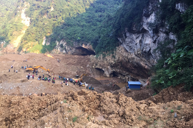 The the cave is seen in Hoa Binh Province, northern Vietnam, November 4, 2018. Photo: Tuoi Tre