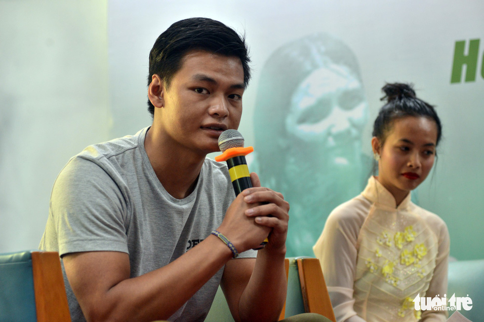 French-Vietnamese adoptee Adrien Rieu shares his story at an event in Ho Chi Minh City on November 5, 2018. Photo: Tuoi Tre