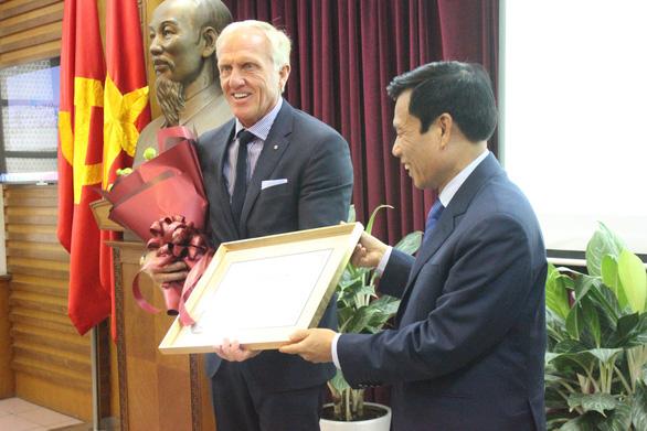 Australian millionaire golfer named Vietnam's tourism ambassador