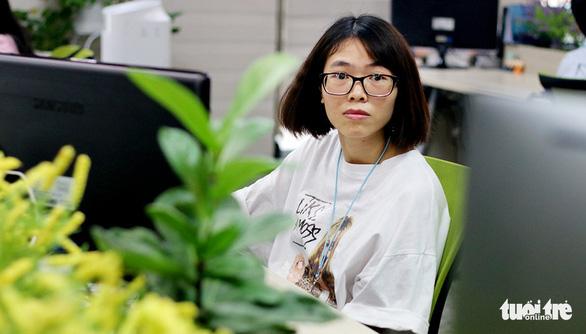 A female engineer at Samsung Vietnam Mobile R&D Center in Hanoi, Vietnam. Photo: Tuoi Tre