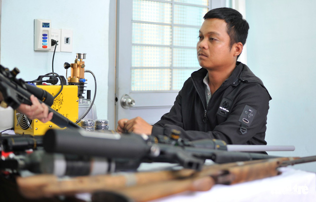 Nguyen Quoc Thang at a police station in Dak Lak Province, Vietnam. Photo: Tuoi Tre