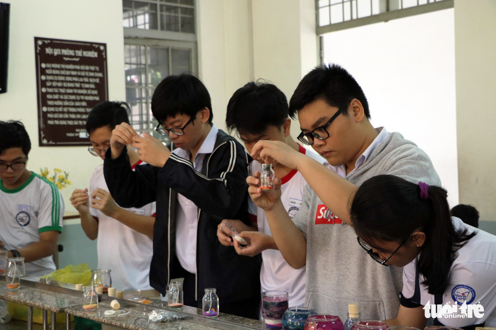 The Chemistry Club holds regular practical experimentation for around 30 members.