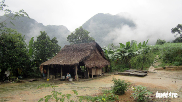Visiting Doong - the village at the door of Son Doong Cave