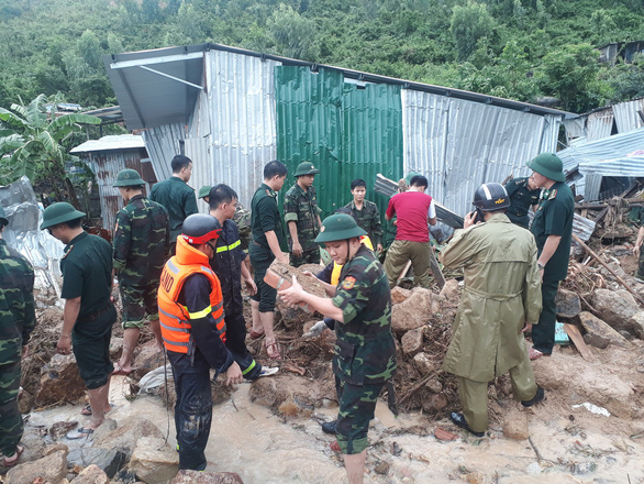 9 dead, 4 missing as rare downpour triggers landslides in Nha Trang