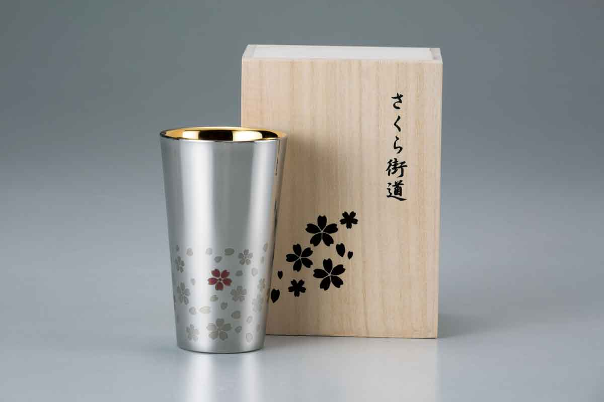 Wahei Frei Corporation's stainless double wall tumbler
