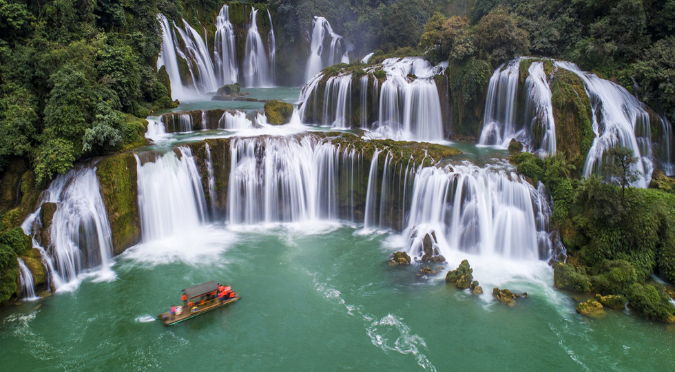 Check out these aerial photos of Vietnam's Ban Gioc Waterfall