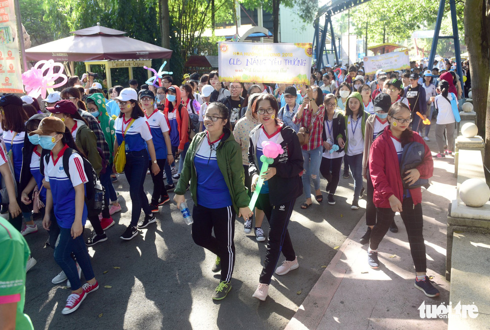 Thousands of people take part in the fundraising walk at the festival.