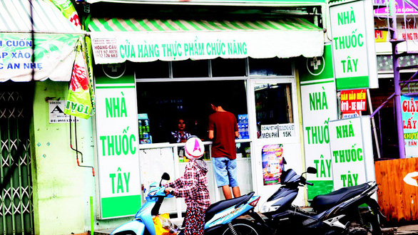 Authorities powerless to deal with unlicensed drugstores in Ho Chi Minh City