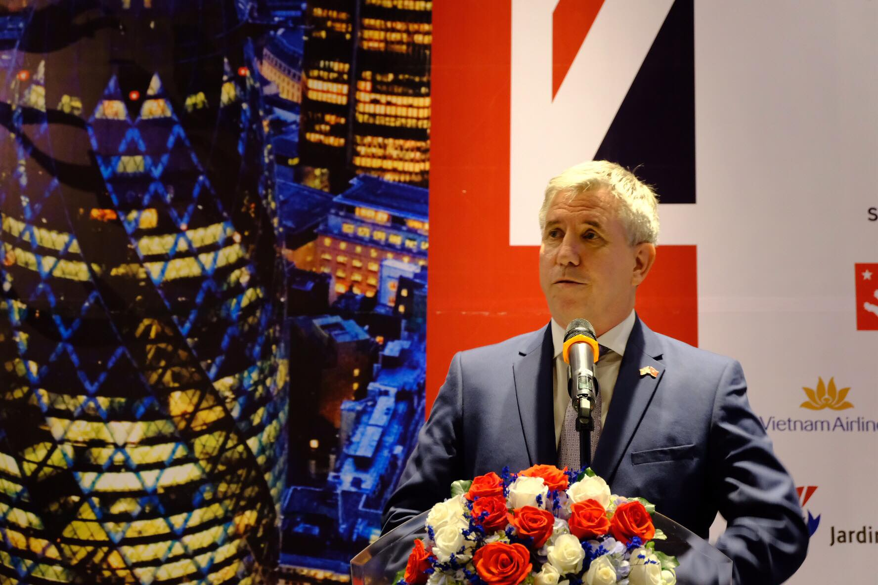 British consul general names key sectors in UK-Vietnam cooperation