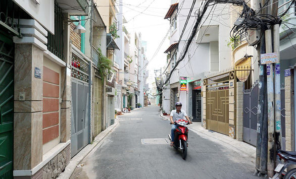 The expanded alley at 162 Phan Dang Luu Street in Phu Nhuan District. Photo: Tuoi Tre