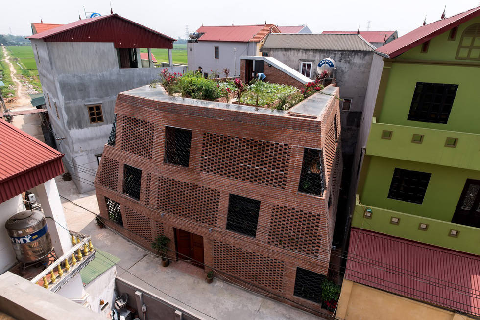 Stunning brick 'cave house' inspired by ancient human habitation built in Hanoi