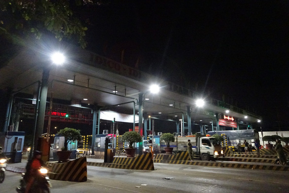 Ho Chi Minh City toll station shuts down over drivers' objection