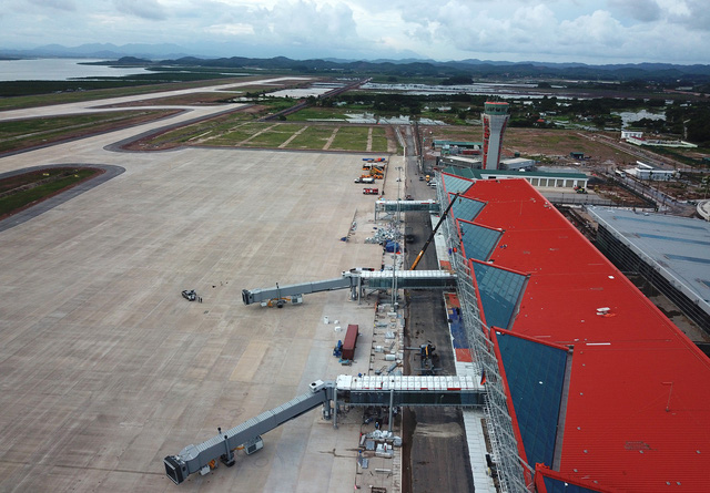 New airport to open in province home to Ha Long Bay this month