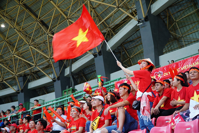 Tours, flight tickets to Malaysia sought after as Vietnam to play ASEAN final in KL