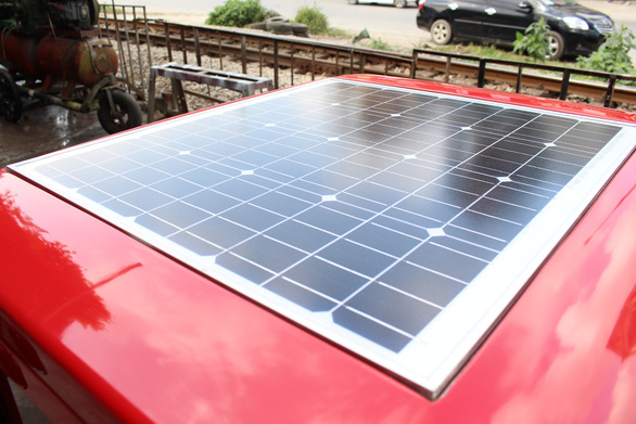 A solar panel on Ngo Viet Cuong's electric car. Photo: Tuoi Tre