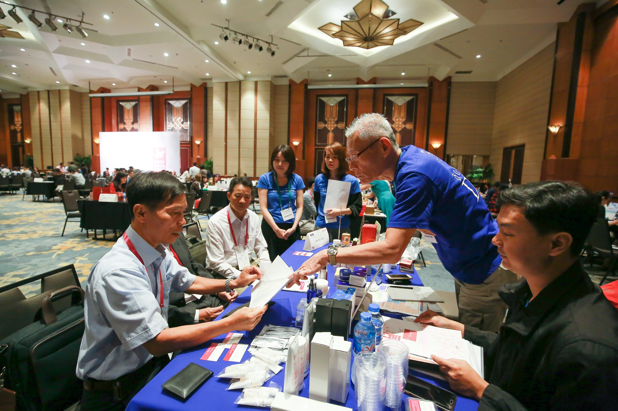Japanese and Vietnamese firms discuss cooperation opportunities at the event 'Good Goods Japan' in Hanoi, Vietnam, December 7, 2018. Photo: Tuoi Tre