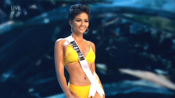 Miss Vietnam offers olive branch to US contestant after mocking row at Miss Universe