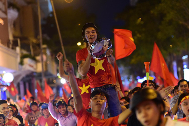 Vietnam's winning second AFF Cup celebrated countrywide