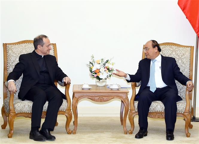 Vietnam premier discusses bilateral relationship with Holy See's under-secretary