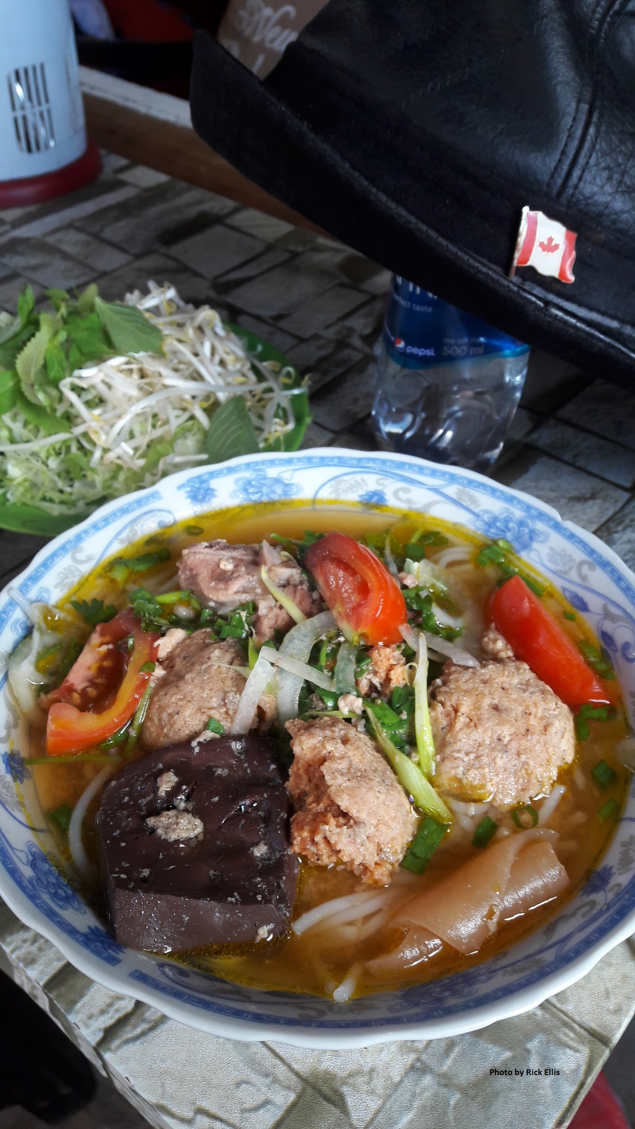 Bun rieu cua (crab noodle soup)