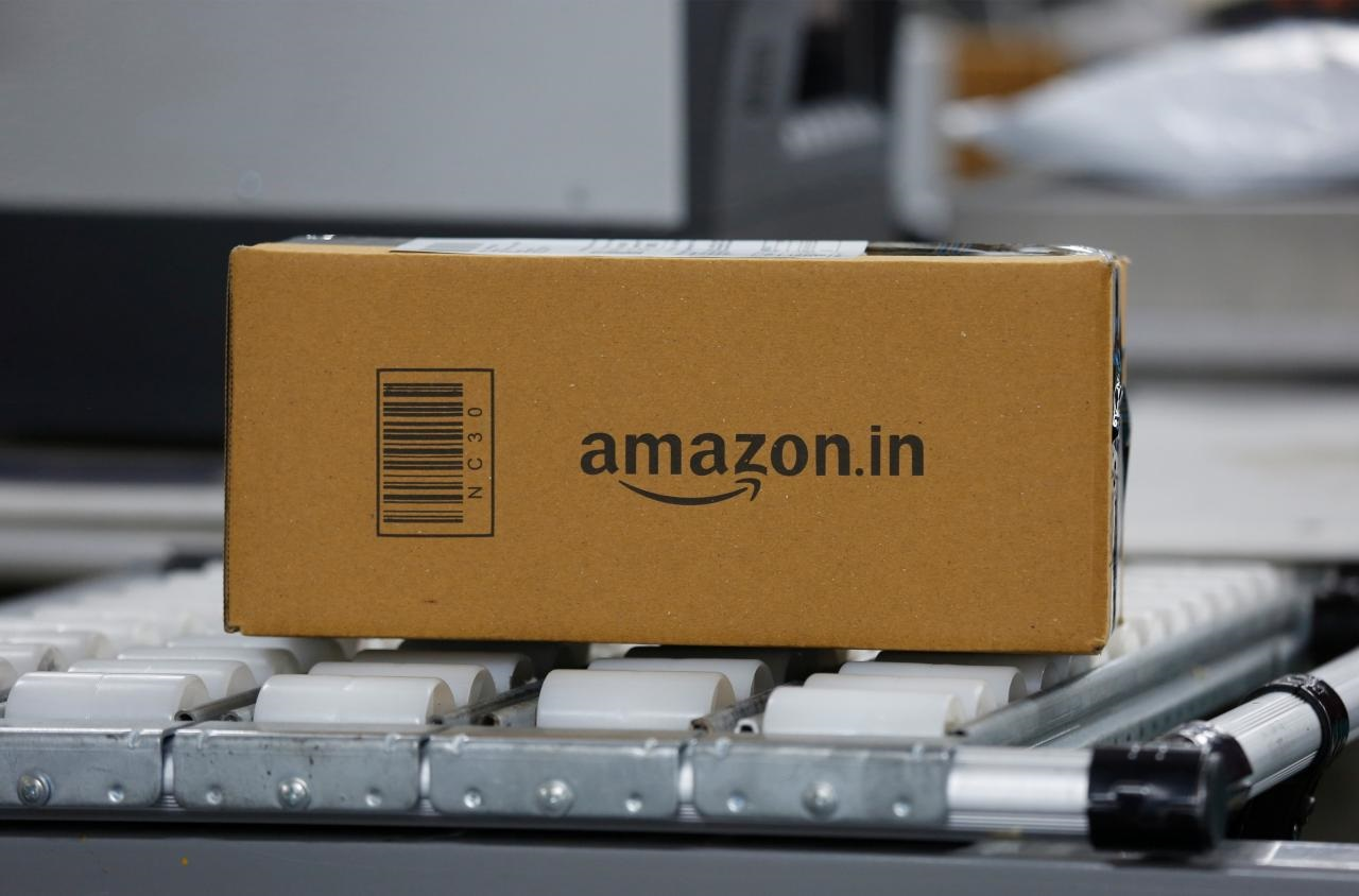 India tightens e-commerce rules, likely to hit Amazon, Flipkart