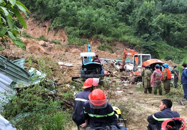 Three die in landslide in south-central Vietnam