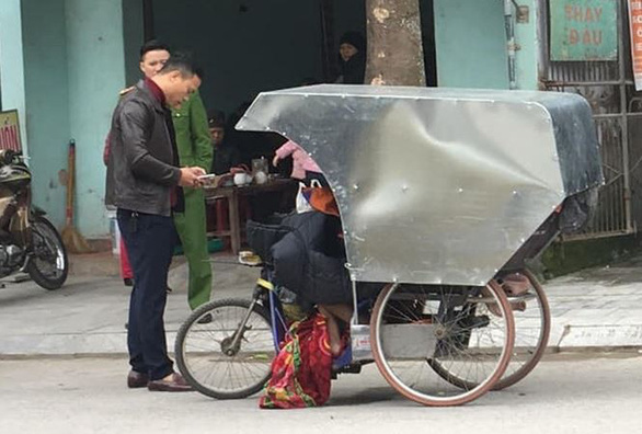 Man found dead in rickshaw in cold weather in north-central Vietnam: police