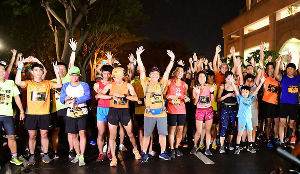 Runners raise money for pediatric heart surgeries at night marathon in Ho Chi Minh City