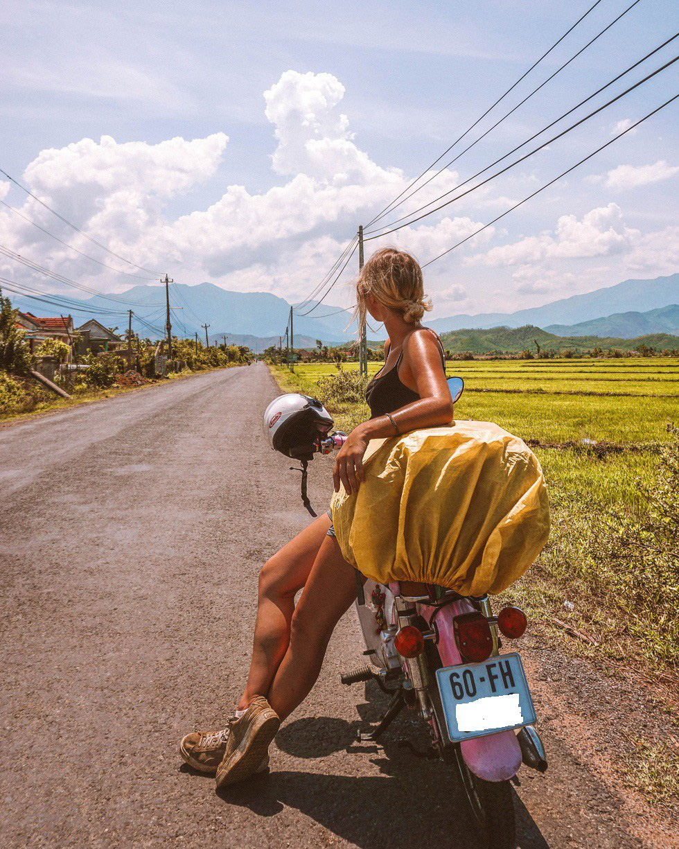 Frances is seen in a photo she remembered being taken somewhere between Nha Trang and Quy Nhon. Photo: @so_theadventurebegins