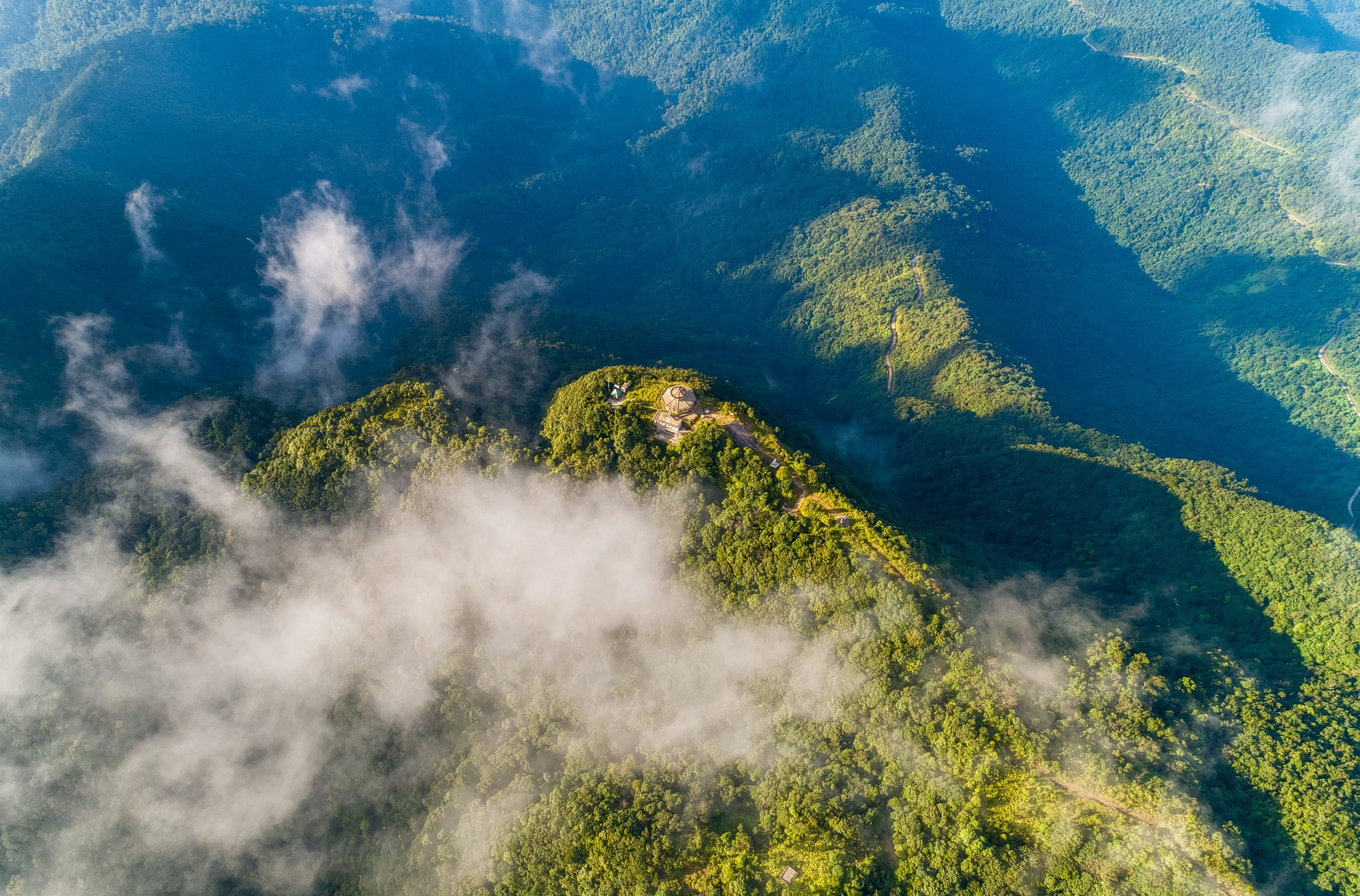A bird's-eye view of Hai Vong Dai, situated on the top of the highest mountain in Bach Ma Range in central Vietnam. Photo: Nguyen Phong