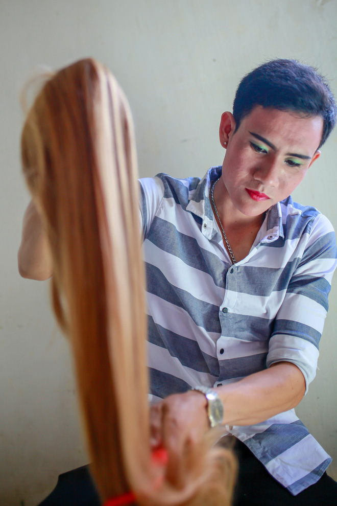 Nguyen Tan Loi, 23, one of Hung' students. Photo: Tuoi Tre