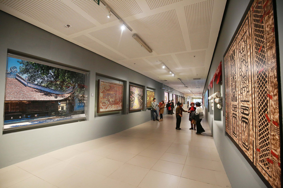 A corridor decorated with artworks in Vietnam's National Assembly building in Hanoi. Photo: Tuoi Tre