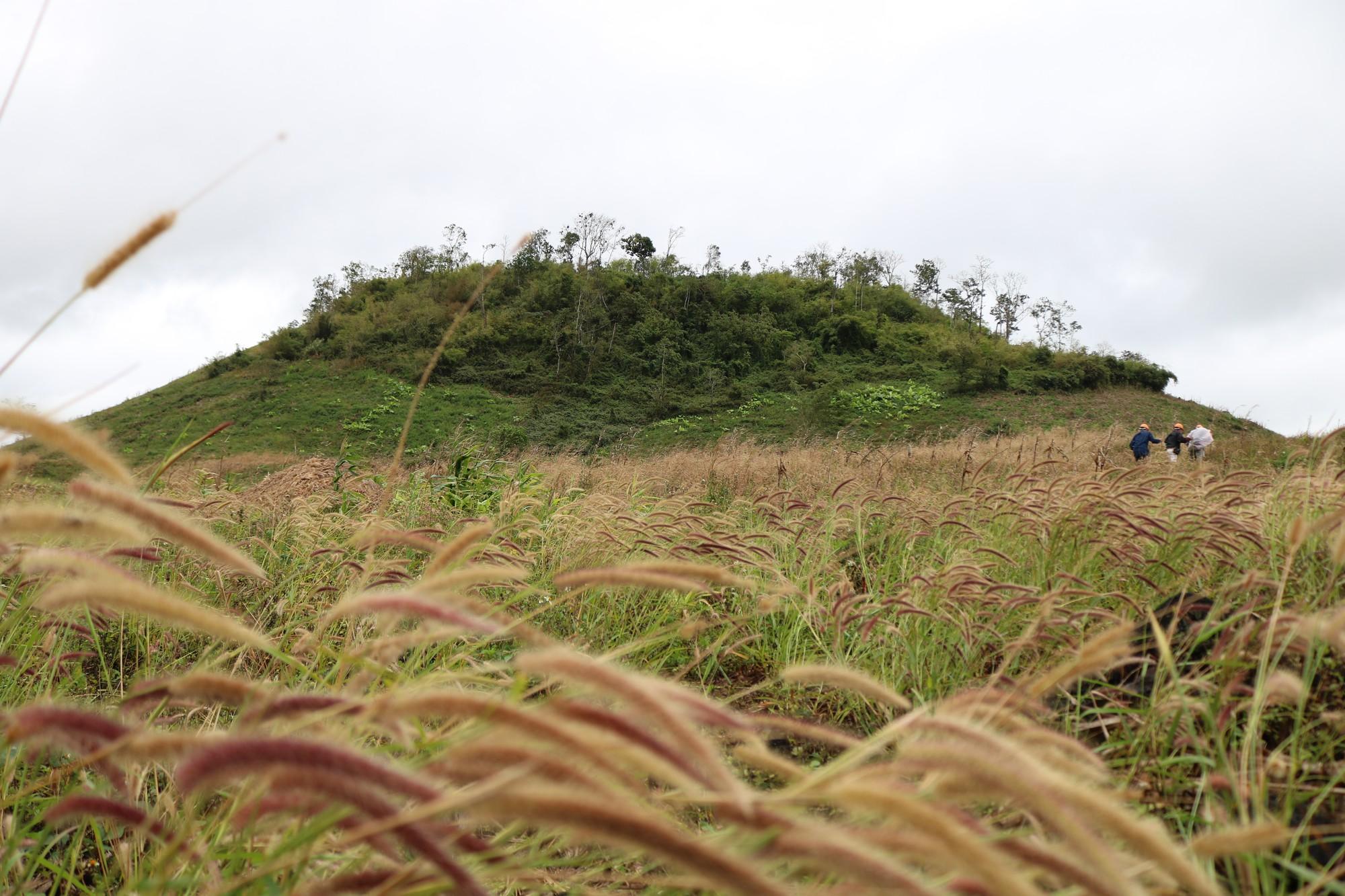 The Chu B'luk (Genesis) volcano in Dak Nong Province, Vietnam's Central Highlands. Photo: Tuoi Tre