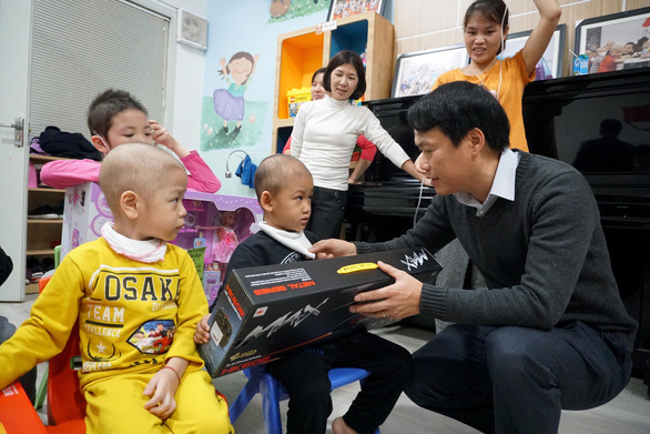 Paediatric cancer patients in Vietnam receive Lunar New Year love