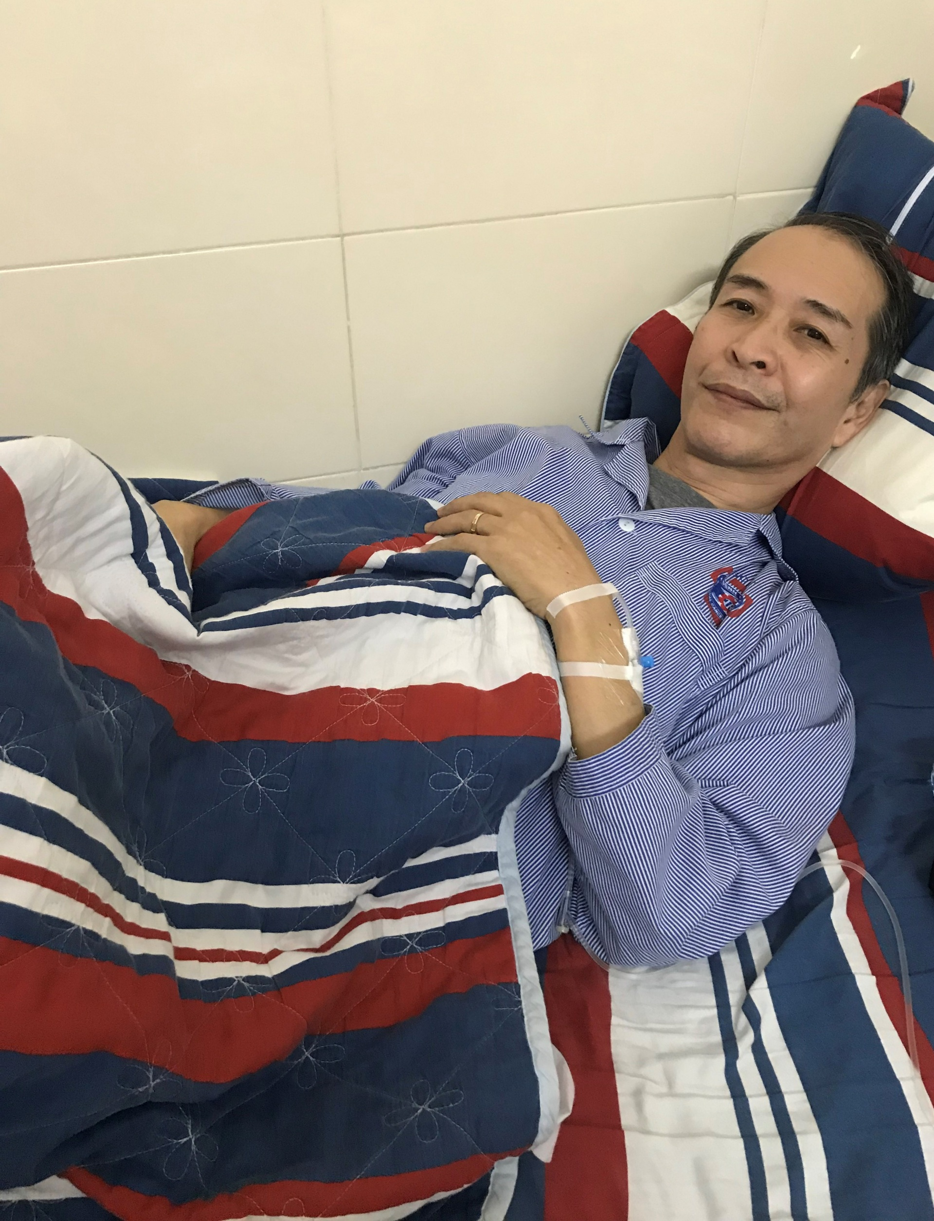 Japanese engineer chooses to undergo cancer surgery in Vietnam despite insurance coverage at home