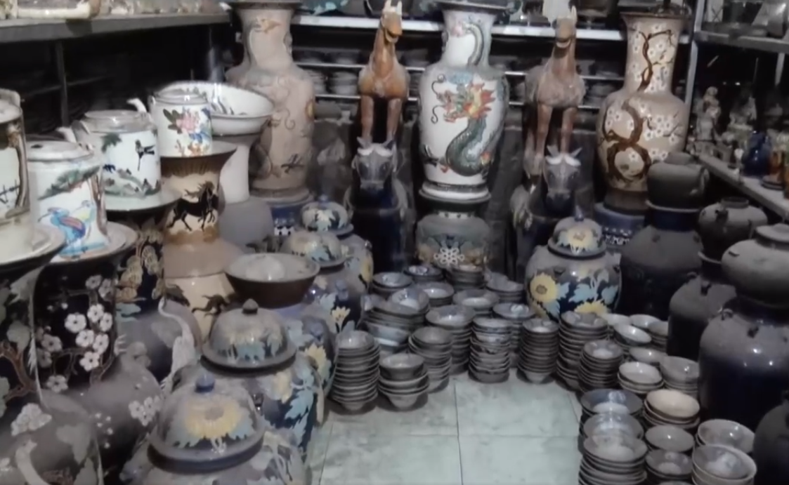 Meet Saigon's 'king of pottery'