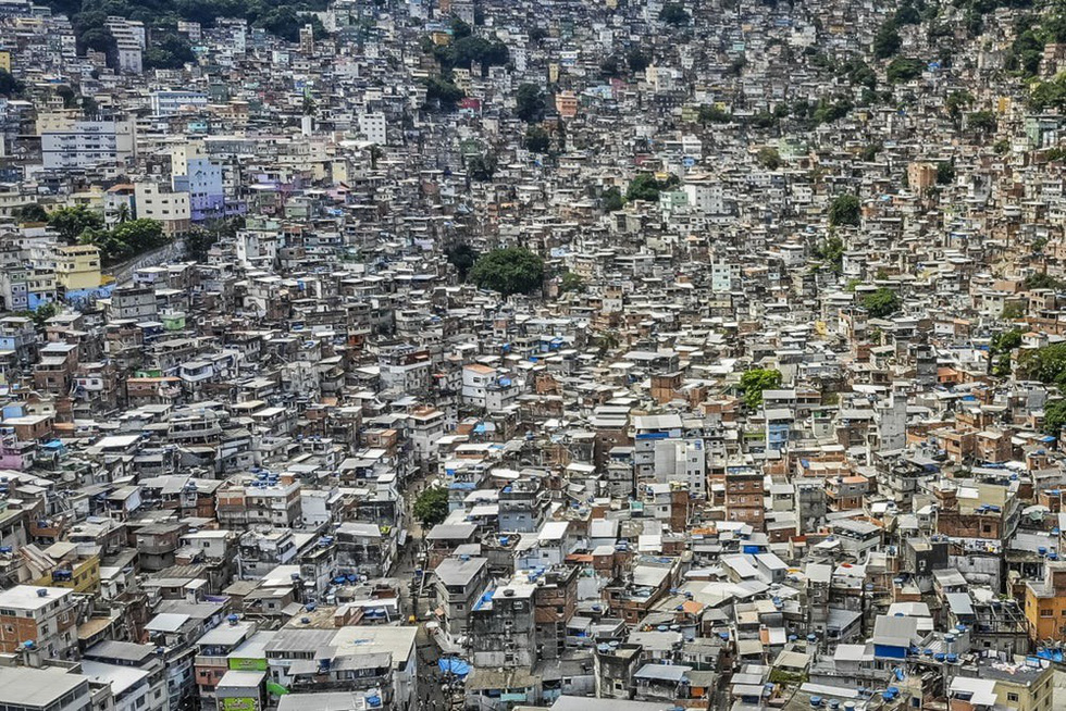 Rocinha, the largest slum in Brazil. Photo: Dronestagram / Ulysses Padilha
