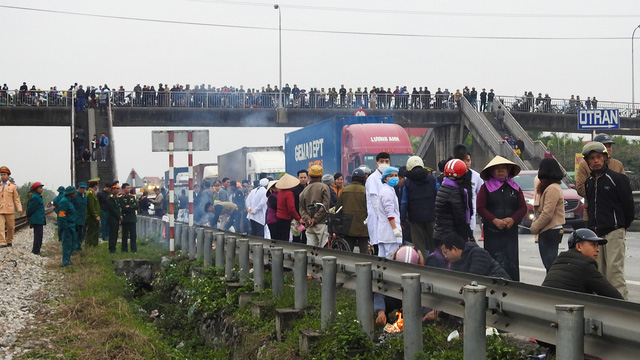 The scene of the serious accident in the northern Vietnamese province of Hai Duong on January 21, 2019. Photo: Tien Thang / Tuoi Tre