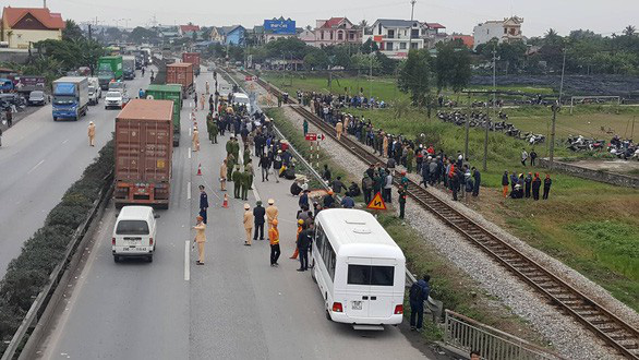 Truck driver tests positive for drugs following crash that killed 8 in northern Vietnam
