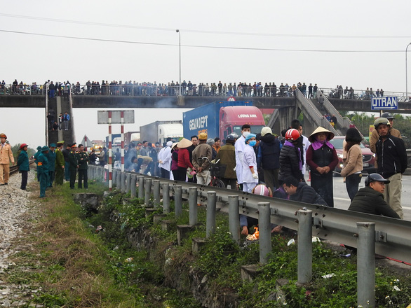 Company has business license revoked after truck driver killed eight in northern Vietnam crash